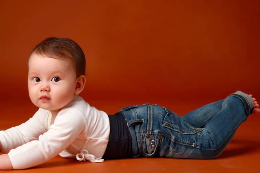 Jeans per neonati, come sceglierli